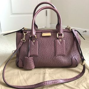 Burberry Bags - Like new Burberry Gladstone tote bag